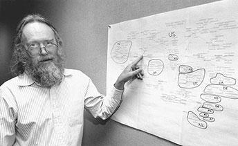 John Postel, biên tập viên Request for Comments (RFC) vào năm 1994.